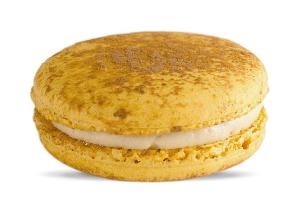 Chai Spice Latte Macaron