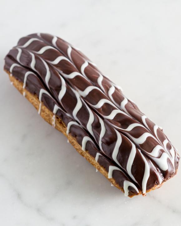 Crunchy Belgium Praline Eclair
